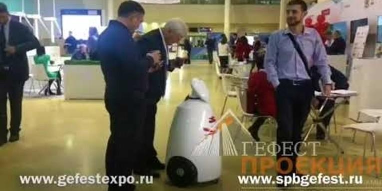 Компания Гефест Проекция предоставила в аренду промо-робота для компании ССК ЗВЕЗДА