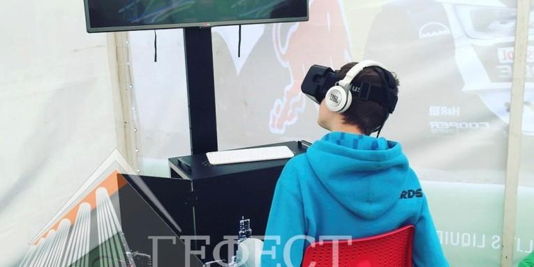 Очки виртуальной реальности на 2 этапе Российской дрифт серии